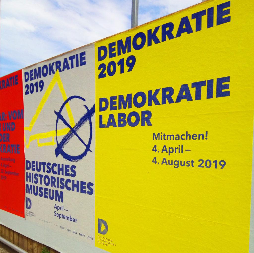 Cartel de la exposición del Museo de la Historia - Ladoberlin . ph: Juana Corral