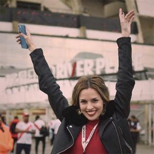 Periodista | Argentina viviendo en Holanda | Feminista | Fanática del movimiento, los libros y River Plate. TW e IG: @lauritaotero Web: lauranoesta.com